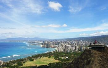 Гавайи вновь переносят дату открытия для туристов