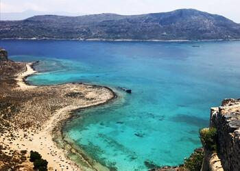 Греция открыла границы для иностранных туристов