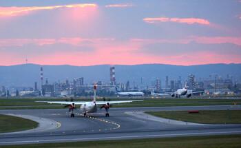 Китай возобновил регулярные авиарейсы между Пекином и Уханем
