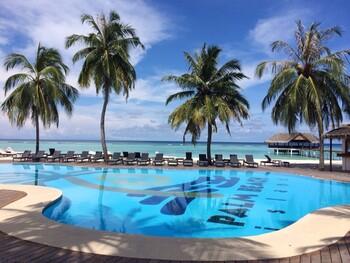 Первые туристы отправились из РФ на Мальдивы с пересадками