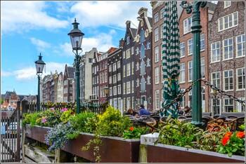 В центре Амстердама запретили сдавать квартиры через Airbnb