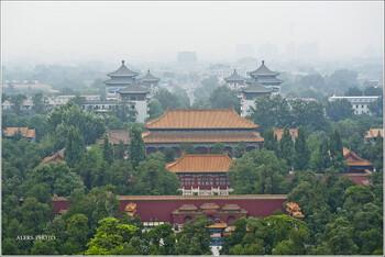В Пекине вновь открывают Запретный город, музеи и парки
