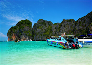 В Таиланде иностранных туристов ожидают в октябре