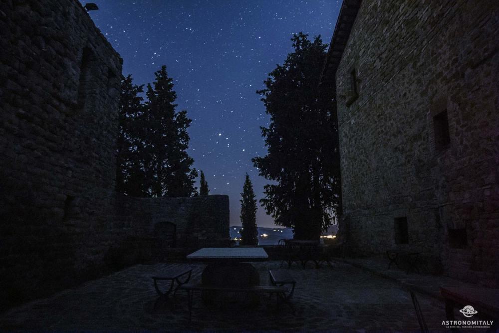grigliate-astronomiche-al-castello-di-petroia-con-astronomitaly