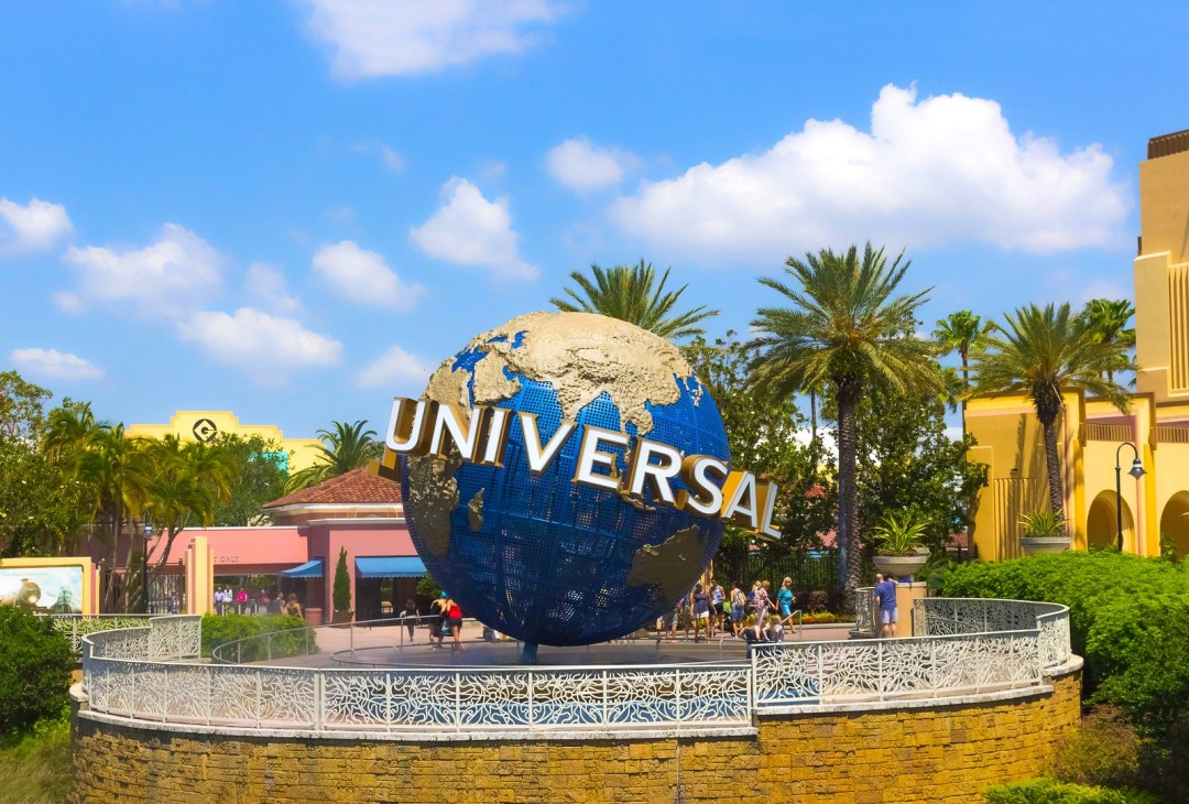 Universal sign by Booking Express Travel