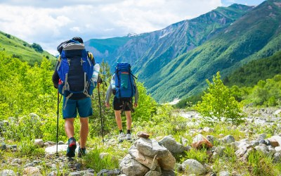 Booking Express Travel Recommends Hiking in Banff