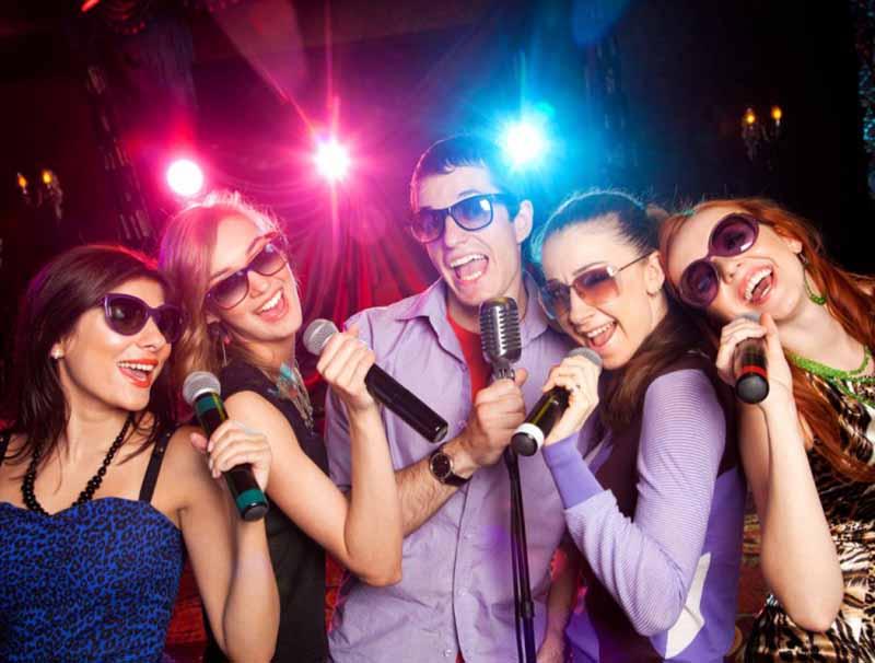 Vivas-Karaoke1