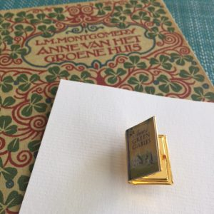 The Locket Library: Badge Anne of Green Gables