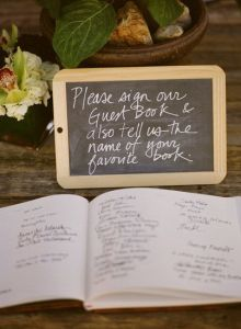 Guestbook tell us favourite book