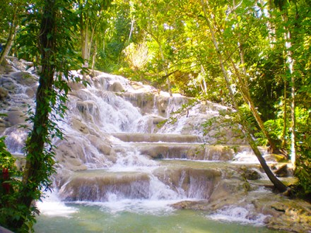 Dunn's River Falls | Book Jamaica Excursions | bookjamaicaexcursions.com | Karandas Tours