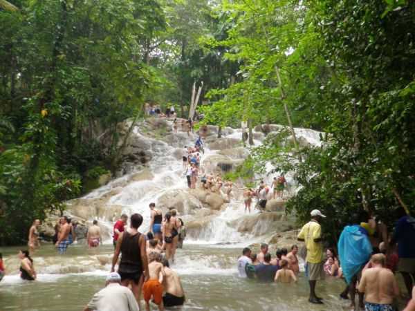 Dunn's River Falls, Margarita Ville by the Beach | Book Jamaica Excursions | bookjamaicaexcursions.com | Karandas Tours