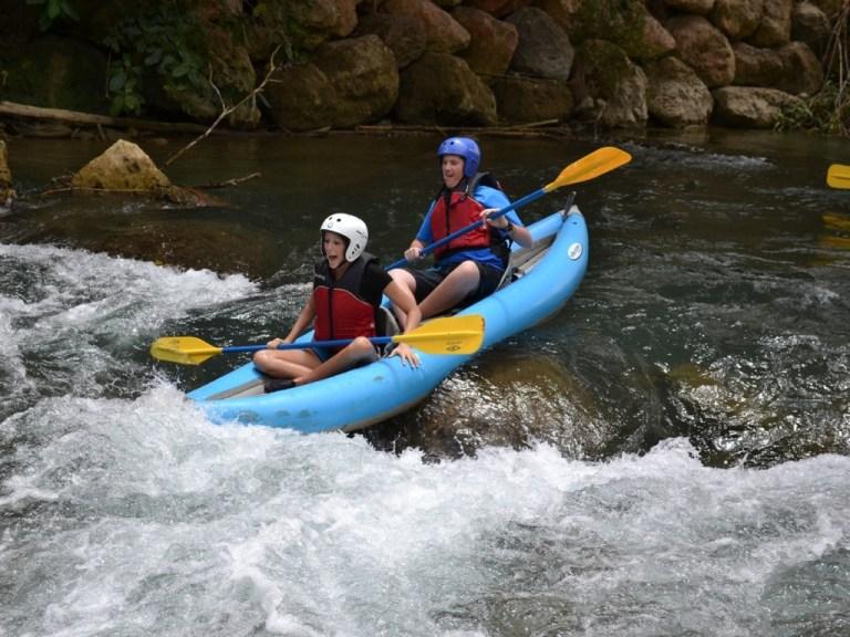 river_kayaking_1