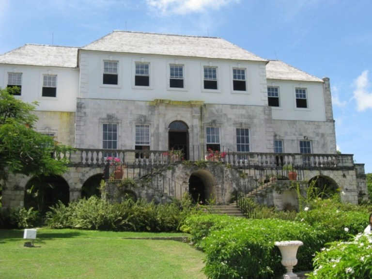 Montego Bay Highlights & Doctor's Cave Beach | Book Jamaica Excursions | bookjamaicaexcursions.com | Karandas Tours