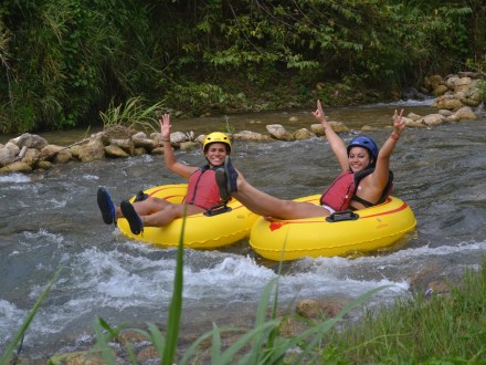 Dunn's River Falls, Zip Line & River Tubing Adventure | Book Jamaica Excursions | bookjamaicaexcursions.com | Karandas Tours