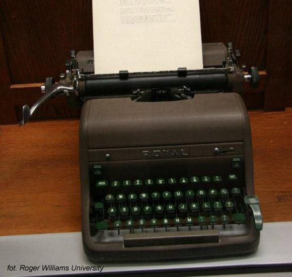Sylvia Plath - Royal HH, maszyna, na której pisała wiersze i opowiadania w trakcie nauki w Smith College.