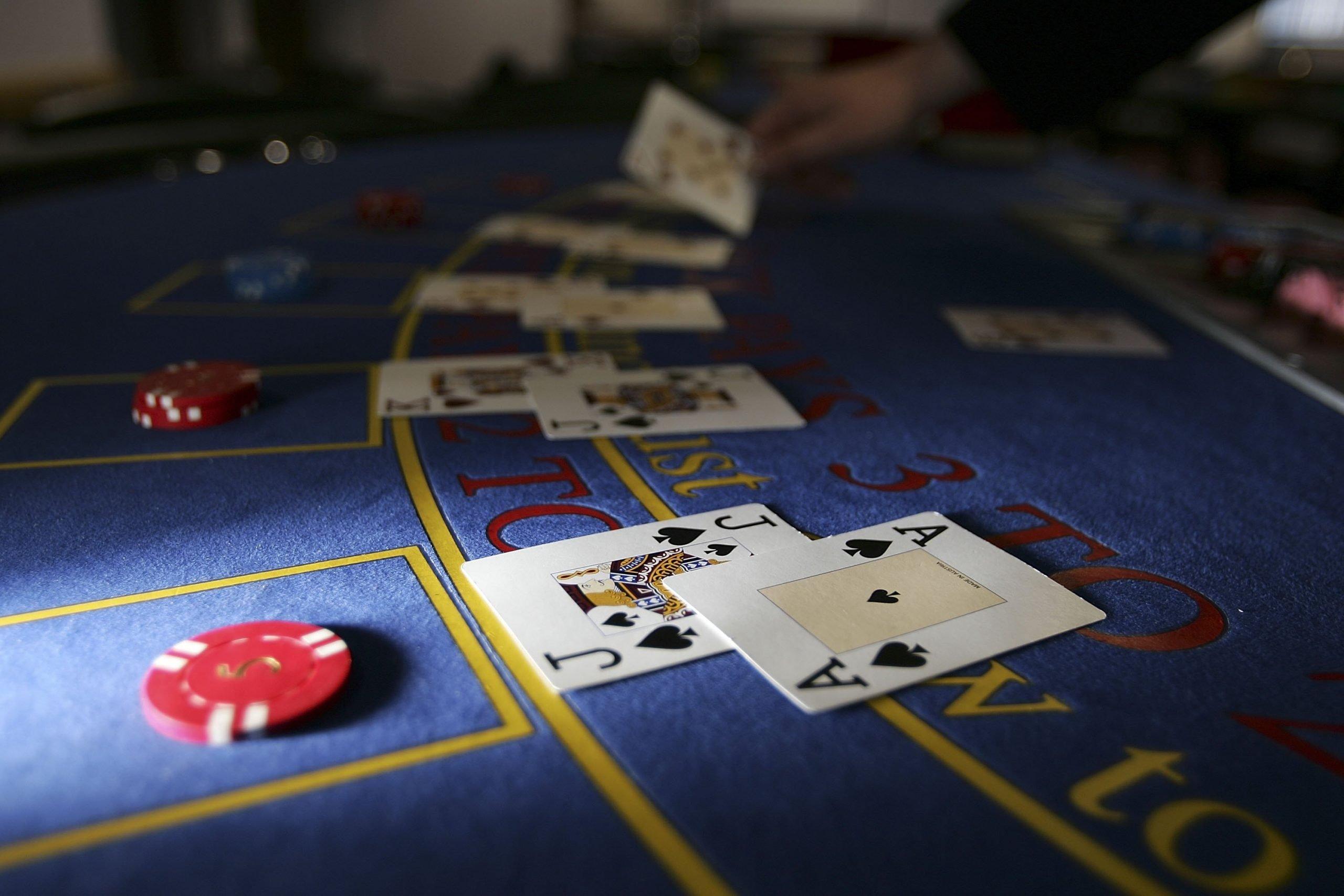 Британские казино откроются в начале июля