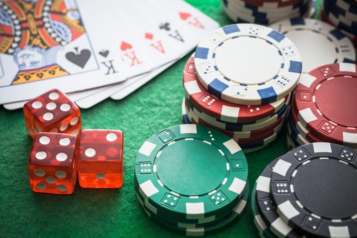 Британские казино откроются в начале августа