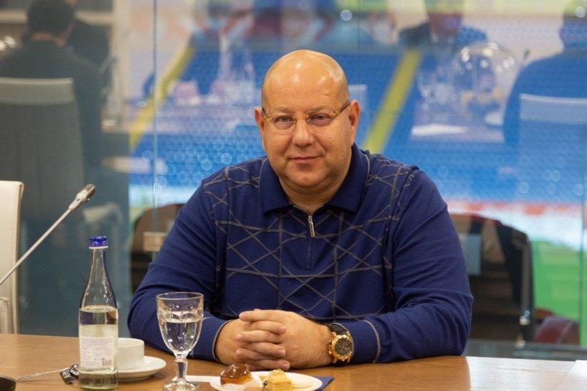 """Президент """"Ростова"""" Арташес Арутюнянц"""