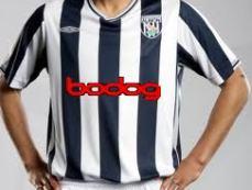 "Логотип Bodog на форме клуба ""Вест Бромвич Альбион"""