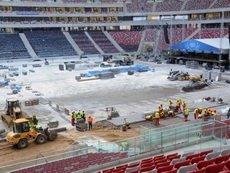 Польский оргкомитет Евро-2012 не может рассчитаться со строительными компаниями
