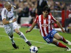 Эпизод матча между 'Атлетико' и 'Реалом'