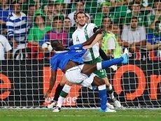 Балотелли мощно ответил на оскорбительное улюлюканье ирландских болельщиков, но лучшим игроком матча все же признан Кассано