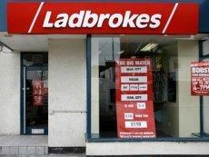Акции Ladbrokes незначительно упали из-за низких показателей работы онлайн букмекера в первом полугодии 2012-го