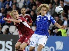Эпизод матча между сборными Финлядии и Латвии