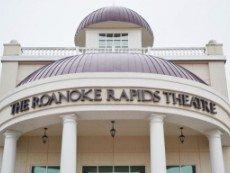 Здание театра в Роанок Рапидс