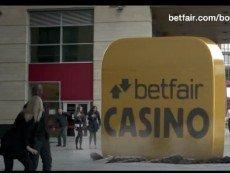 Эпизод из рекламного ролика Betfair