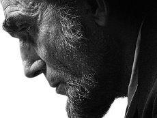 Новый биографический художественный фильм о «Линкольне» имеет все шансы выиграть «Оскар» как лучшее кино, считают букмекеры