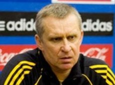 С 2005 года «Локомотив» сменил 10 тренеров