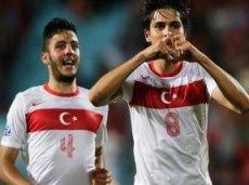 Турция победила в двух из трех групповых матчей и уступила Колумбии со счетом 1:0