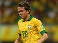 В активе 20-летнего Бернарда 5 матчей за сборную Бразилии