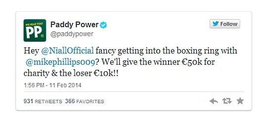 Текст твита Paddy Power: «Эй, @NiallOfficial, как насчет того, чтобы встретиться на боксерском ринге с @mikephillips009? Мы дадим победителю 50 тысяч евро на благотворительность, а проигравшему – 10 тысяч фунтов!!»