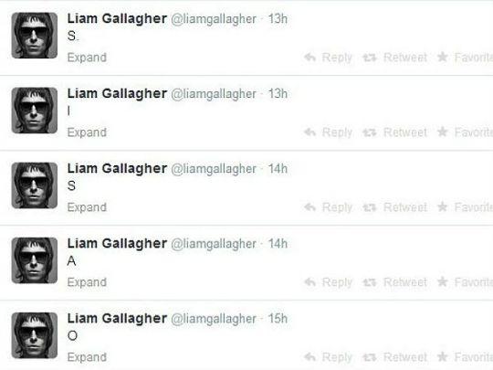 Название Oasis задом наперед появилось вчера в твиттере Лиама Галлахера
