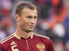 Василий Березуцкий выведет российских футболистов на первый матч ЧМ-2014