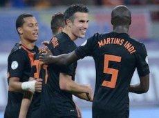 Голландцы и мексиканцы проведут первый матч пле-офф ЧМ-2014