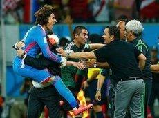 Мексика в 1/8 сыграет с Голландией