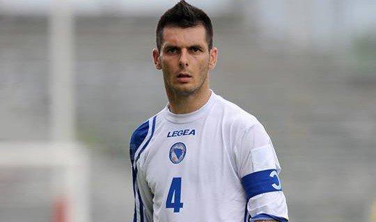 Спахич должен стать оплотом обороны Боснии на ЧМ-2014