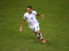Демпси забил 39 мячей за 108 матчей в футболке сборной