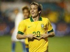 Бернард заменил Неймара в стартовом составе сборной Бразилии