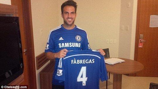 Фабрегас вернулся в английскую Премьер-лигу
