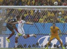 Матс Хуммель выводит сборную Германии в полуфинал