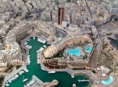 Население Мальты составляет менее 500 000 человек