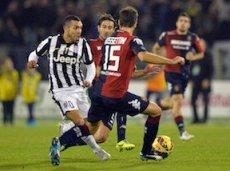 Карлос Тевес забил уже десять голов в Серии А 2014/2015