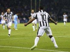 Дубля Карлоса Тевеса не хватило для Суперкубка Италии