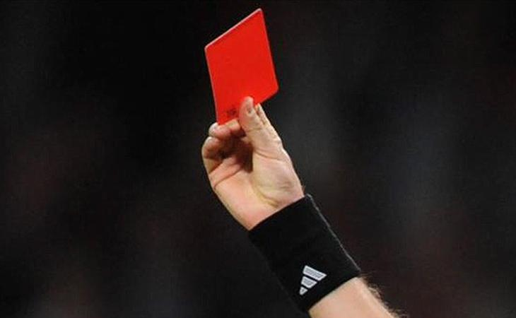 На красную карточку можно рассчитывать