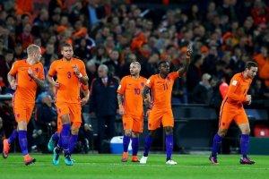 Два футболиста РПЛ попали в расширенный список сборной Нидерландов на Евро-2020