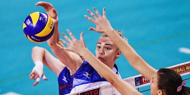 Волейболистки России проиграли сборной США